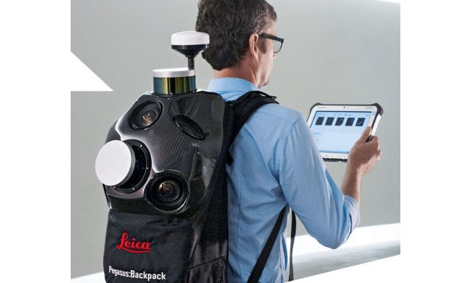 Leica Pegasus Backpack